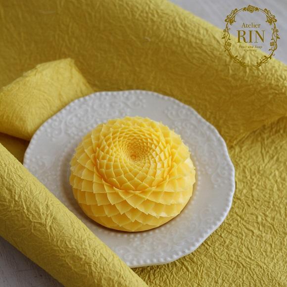201804黄色ダリア小
